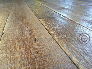 Reclaimed Antique PineFlooring with Hit and Miss Finish : example 1
