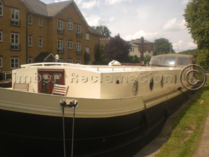 Barge at Berkhamsted refurbished with reclaimed materials