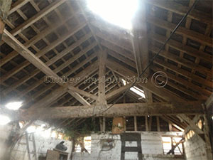Barn Conversion by The Reclaimed Timber Company :  Showing the Structure of the Rafters