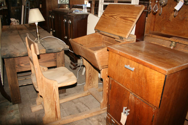 For SALE :Beautiful Victorian Childrens School Desk