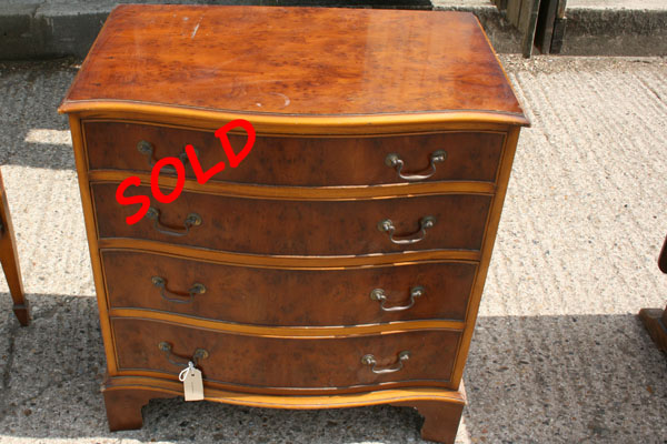For SALE :beval funnel chest of drawers